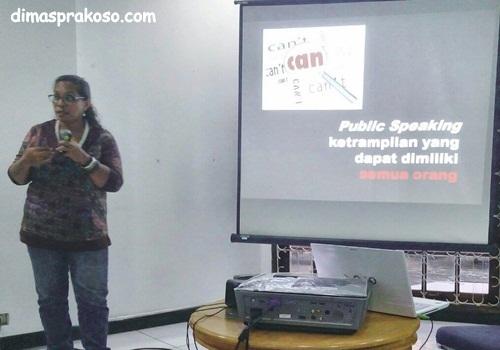 Luna Vidya Public Speaking