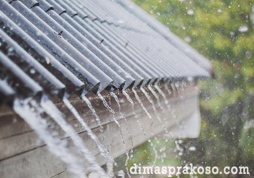 Tambal kebocoran atap