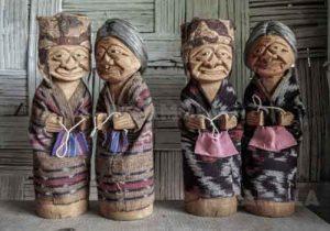 Oleh-oleh khas Makassar - Handicraft Toraja