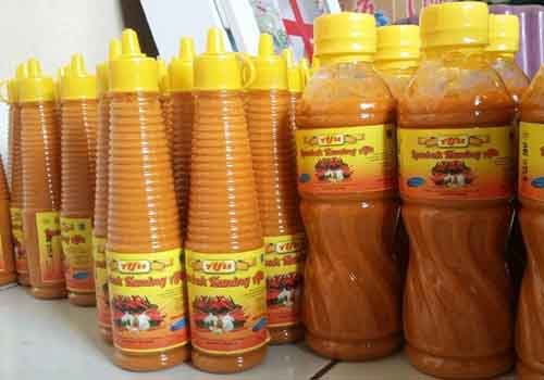 Oleh-oleh khas Makassar - Lombok kuning