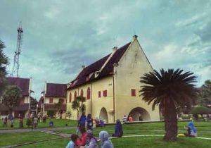 Tempat wisata di Makassar - Benteng Fort Rotterdam
