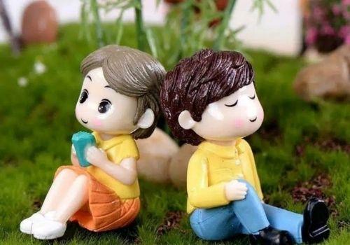 4 Pilihan Kado Pernikahan Shopee - boneka couple
