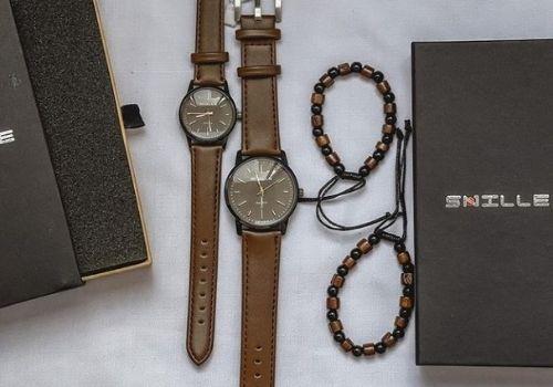9 Pilihan Kado Pernikahan Shopee - jam tangan couple