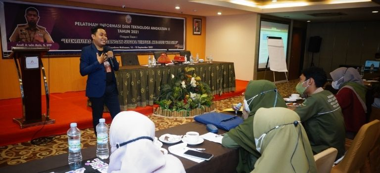 Pelatihan Informasi dan Teknologi Dispora Sulawesi Selatan